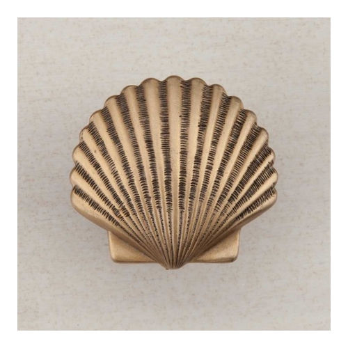 Acorn DPAGP Artisan Collection Knob Small Scallop 1-3/8