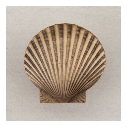 Acorn DPGGP Artisan Collection Knob Large Scallop 1-5/8