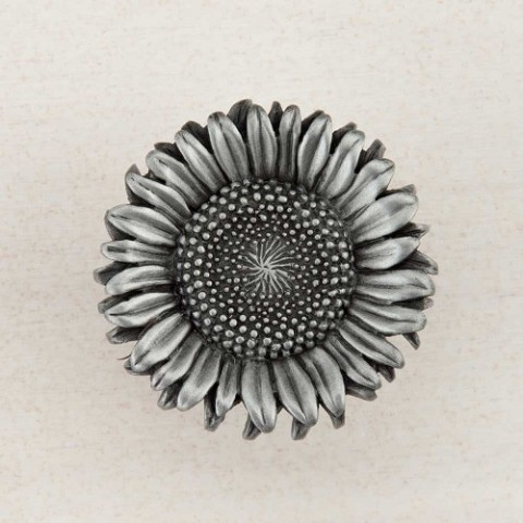 "Acorn DQ8PP Artisan Collection Knob Sunflower 1-3/8"" x 1-3/8"""