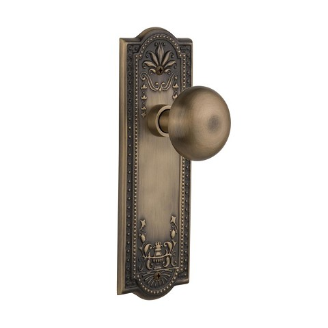 Nostalgic Warehouse 707639 Meadows Plate Privacy New York Door Knob, Antique Brass