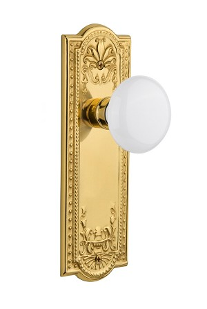 Nostalgic Warehouse 709207 Meadows Plate Passage White Porcelain Door Knob, Polished Brass