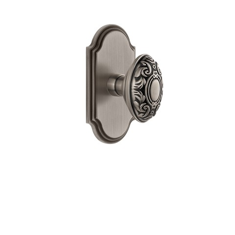 Grandeur 821931 Arc Plate Privacy with Grande Victorian Knob in Antique Pewter