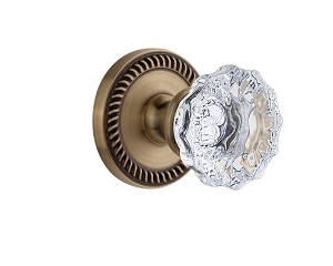 Grandeur 821955 Newport Plate Dummy with Fontainebleau Crystal Knob in Vintage Brass