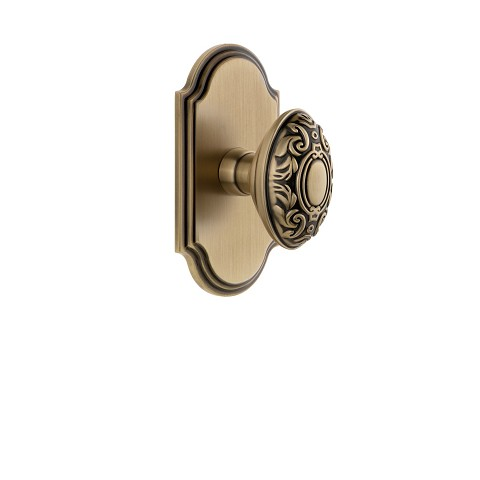 Grandeur 821996 Arc Plate Privacy with Grande Victorian Knob in Vintage Brass